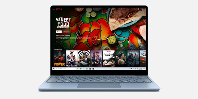 SurfaceLaptopGo  Netflix