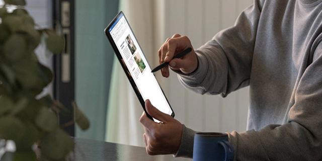 Microsoft Surface Store Revamp   Tile 17
