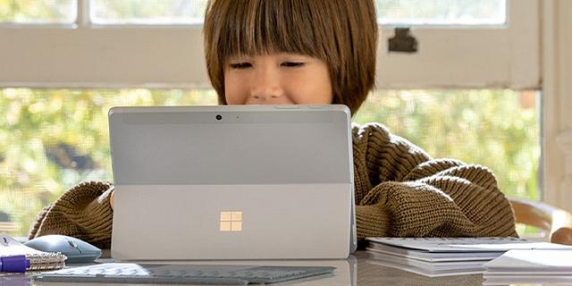 Microsoft Surface Store Revamp  Go2kid