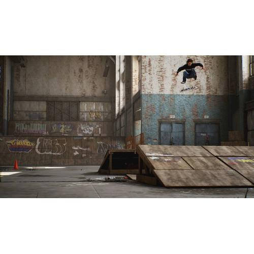Tony Hawk's Pro Skater 1+2 Standard Edition   For Xbox One   ESRB Rated T (Teen 13+)   Single & Multiplayer Supported   Play All Original Game Modes   Skate As Legendary Tony Hawk