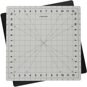 """Fiskars Rotating Cutting Mat (14"""" x 14"""")"""