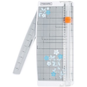 "Fiskars Portable Scrapbooking Paper Trimmer (12"")"