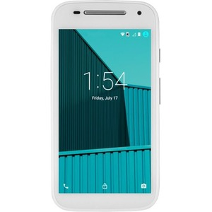 "FreedomPop Moto E 8 GB Smartphone - 4G - 4.5"" LCD 540 x 960 QHD Touchscreen - Qualcomm Snapdragon 410 Quad-core (4 Core) 1.20 GHz - 1 GB RAM - 5 Megapixel Rear/300 Kilopixel F ...(more)"