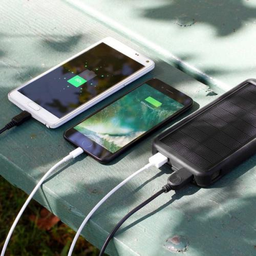 Aluratek 8,000mAh Dual USB 2.1A Power Bank With 32 LED Lantern Alternate-Image3/500