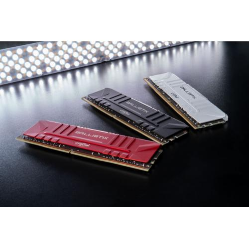 Crucial Ballistix 32GB (2 X 16GB) DDR4 SDRAM Memory Kit Alternate-Image3/500