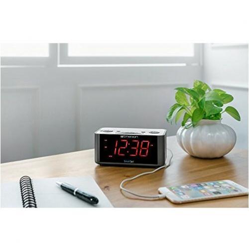 Emerson SmartSet ER100201 Desktop Clock Radio Alternate-Image4/500
