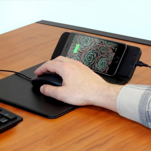 Aluratek Qi Wireless 10W Charging Mouse Pad Alternate-Image5/500