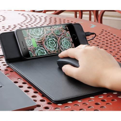 Aluratek Qi Wireless 10W Charging Mouse Pad Alternate-Image6/500