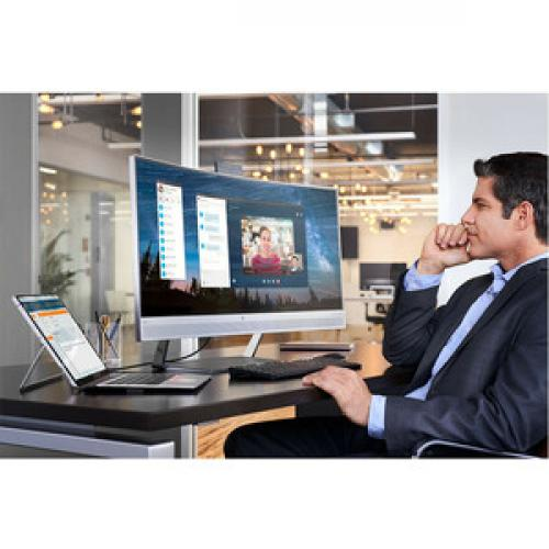 "HP S340c 34"" Curved LCD Business Monitor   3440 X 1440 UW QHD Display   21:9 Aspect Ratio   Three Sided Micro Edge Display   1 X USB C Connection Port   Featured Webcam & Dual Speakers   DisplayPort 1.2 Standard Life-Style/500"