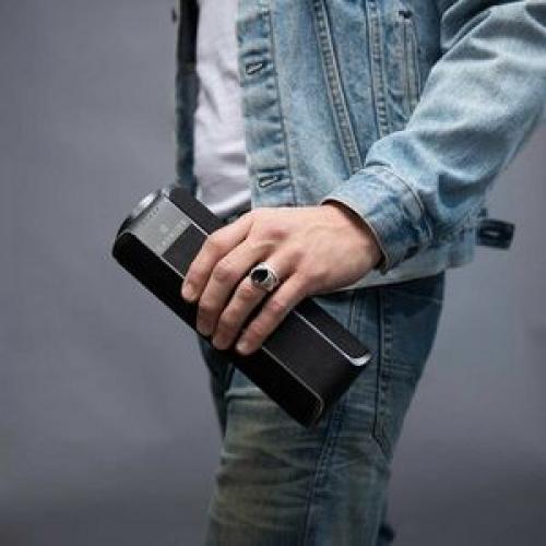 Cavalier Maverick CAV1BB PLUS Portable Bluetooth Smart Speaker   Black Life-Style/500