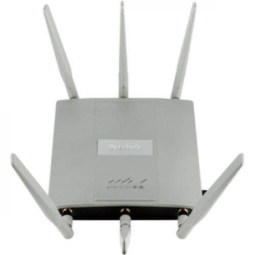 D Link AirPremier DAP 2695 IEEE 802.11ac 1.27 Gbit/s Wireless Access Point Top/500